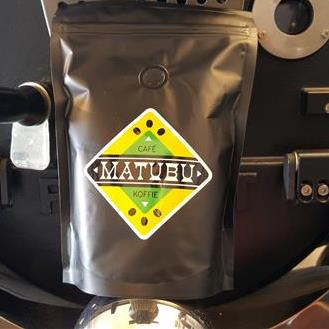 "Matubu Coffee ""Black Albert"""